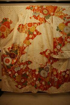 Antique Chrysanthemum Silk Kimono