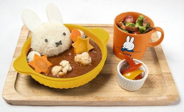 Too Cute to Eat at Miffy Cafe!