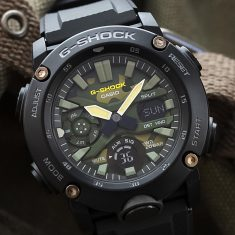 CASIO G-SHOCK Utility Color Carbon Core Guard Structure GA-2000SU-1AJF Men's